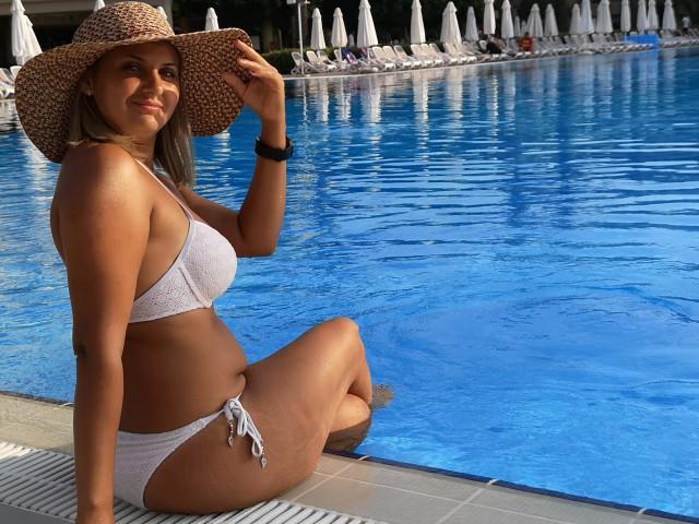 Valentina Travel Girl Summer  2019