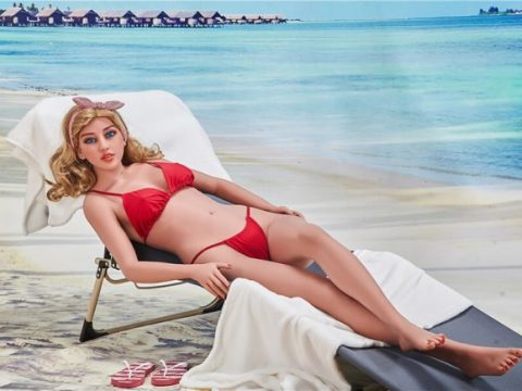 Summer vacation with a sex doll