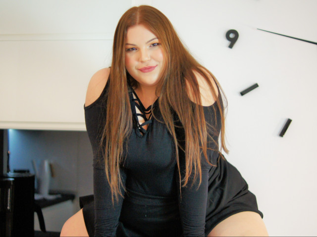 Livia 20 age liked travel